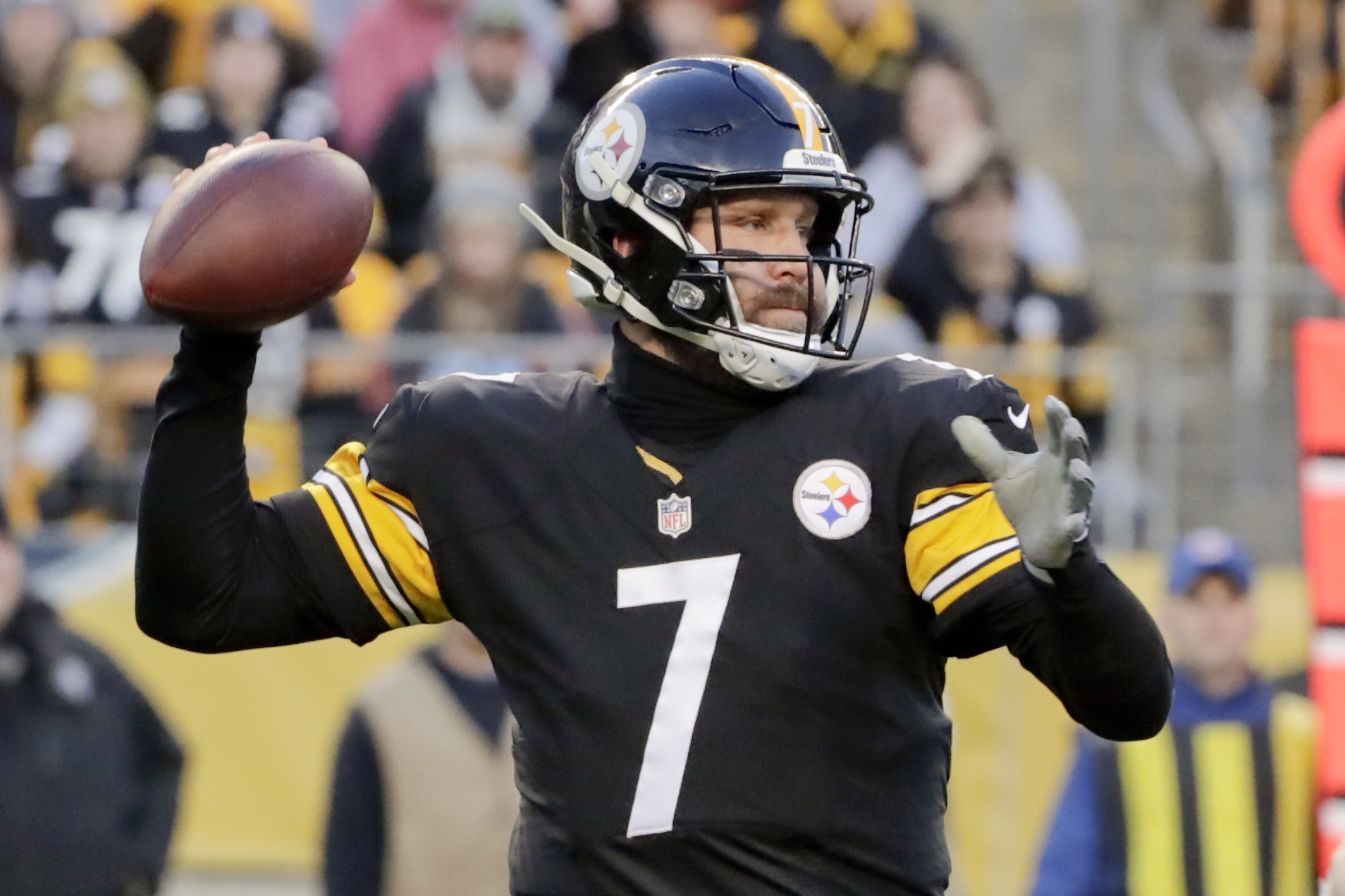 the latest e1ea9 9d259 Steelers' Ben Roethlisberger Admits He 'Lacked in Leadership ...