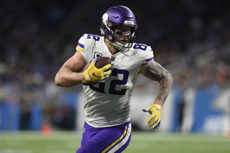 buy popular e5200 4fa4d Kyle Rudolph Confirms Rumor He's Working on New 5-Year ...