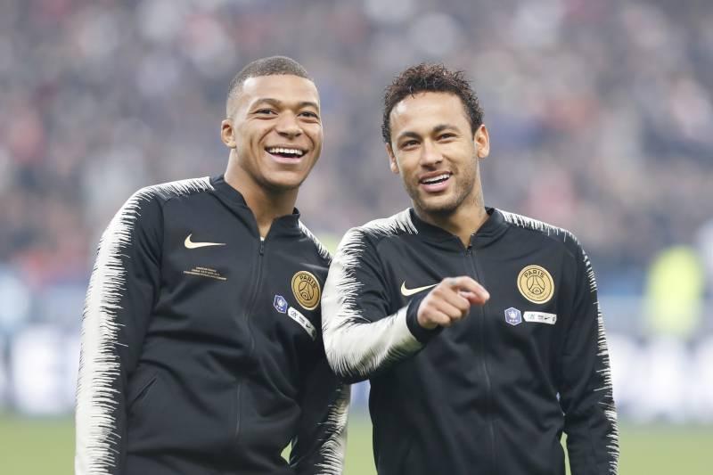 huge selection of 09b78 8c5f9 Real Madrid President Dismisses Links to PSG Duo Neymar ...