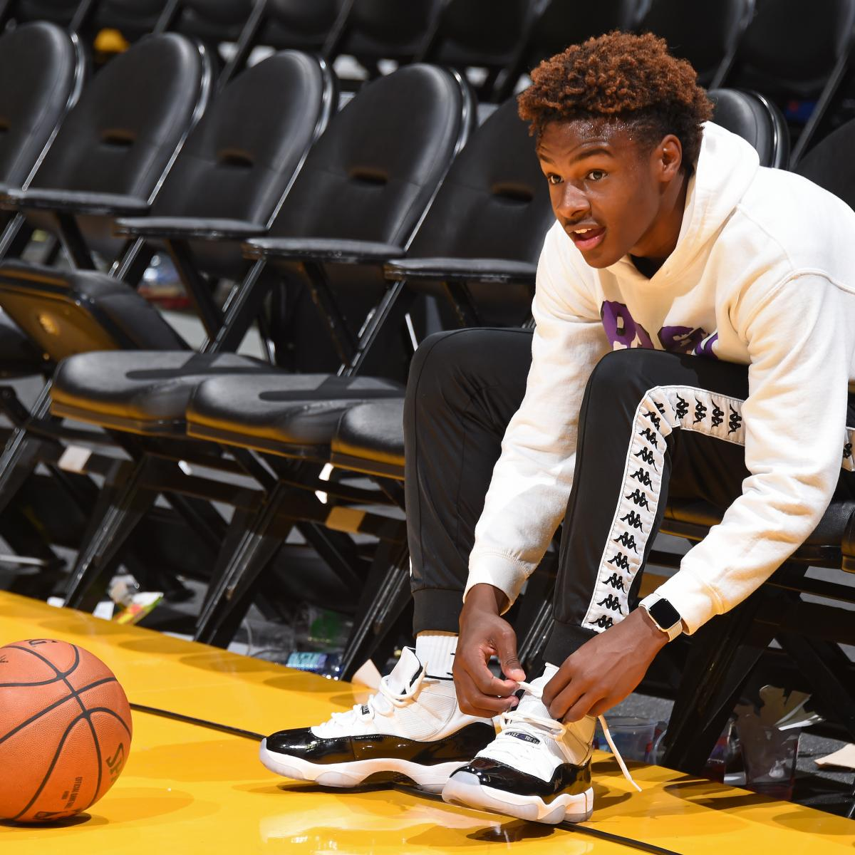 Flight Club, a sneaker company focused on the sale of rare shoes, has reached an agreement on a sponsorship deal with the North Coast Blue Chips AAU team, which will feature LeBron James Jr..