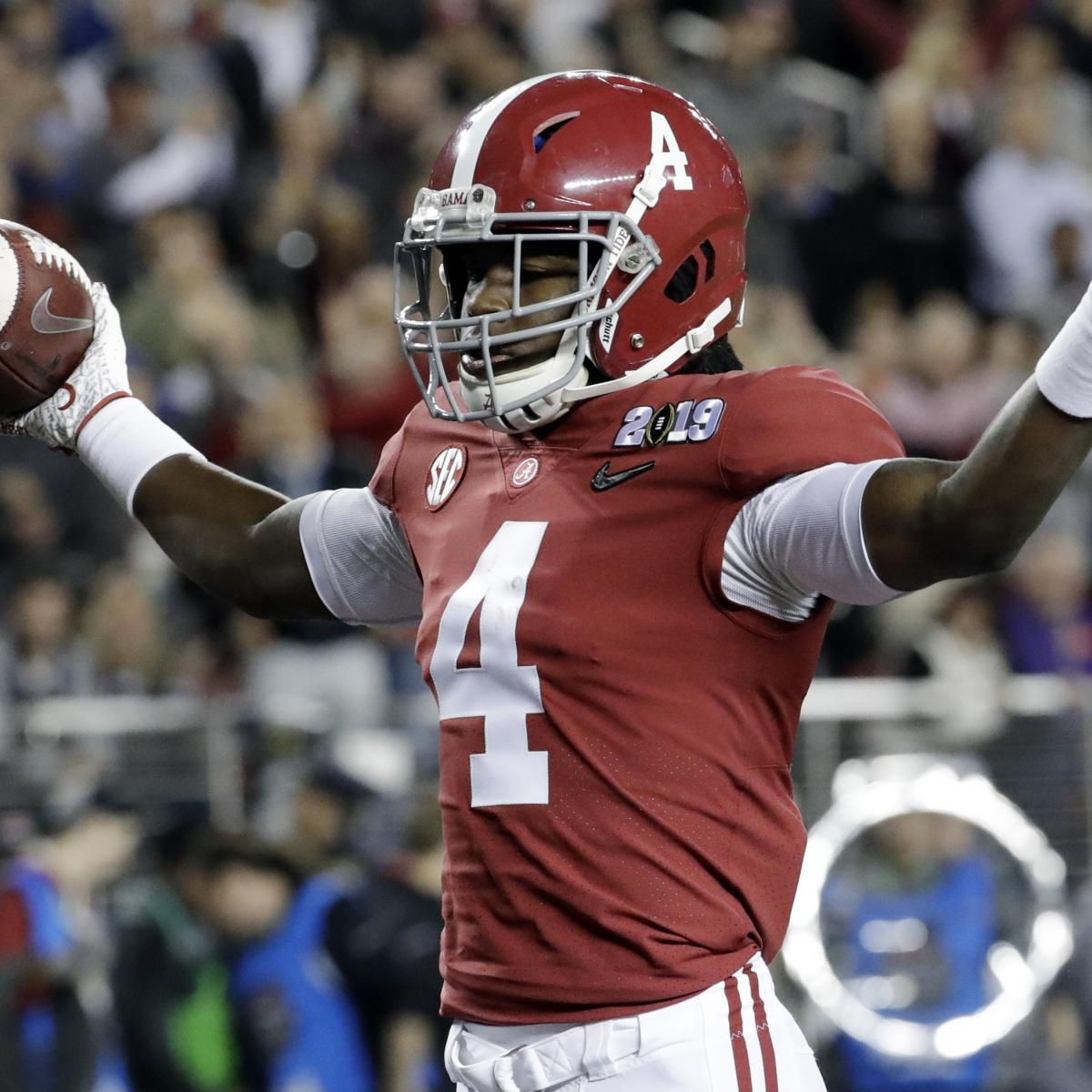 As Jerry Jeudy prepares for his junior season at Alabama, the Crimson Tide star is working with one of the best wide receivers in the NFL...