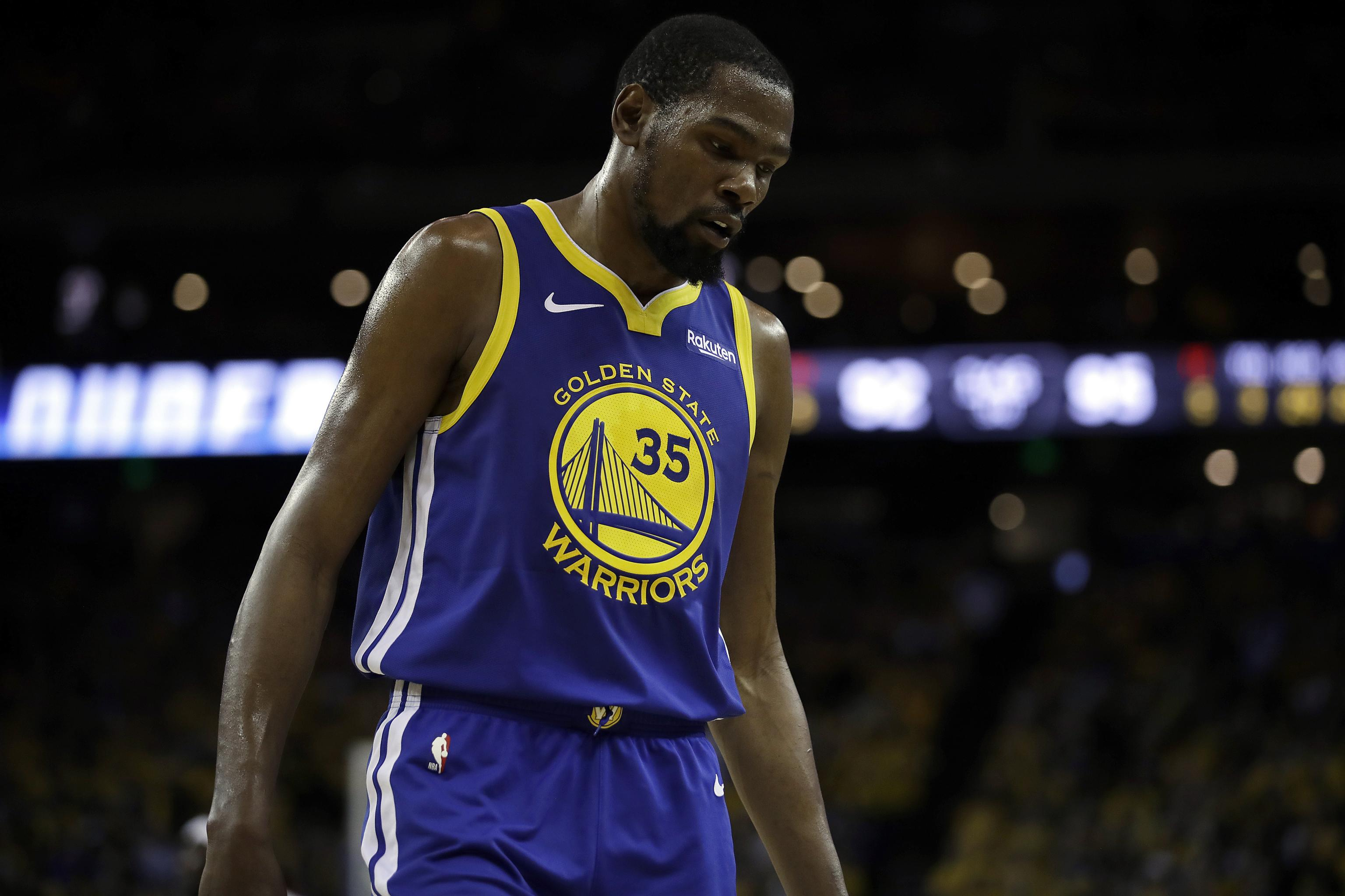low cost 9c552 5ad72 Warriors Rumors: Kevin Durant Could Return from Injury ...