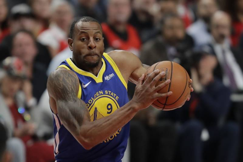 Andre Iguodala hit the clinching three-point shot for the Warriors in Game 2 against the Raptors.
