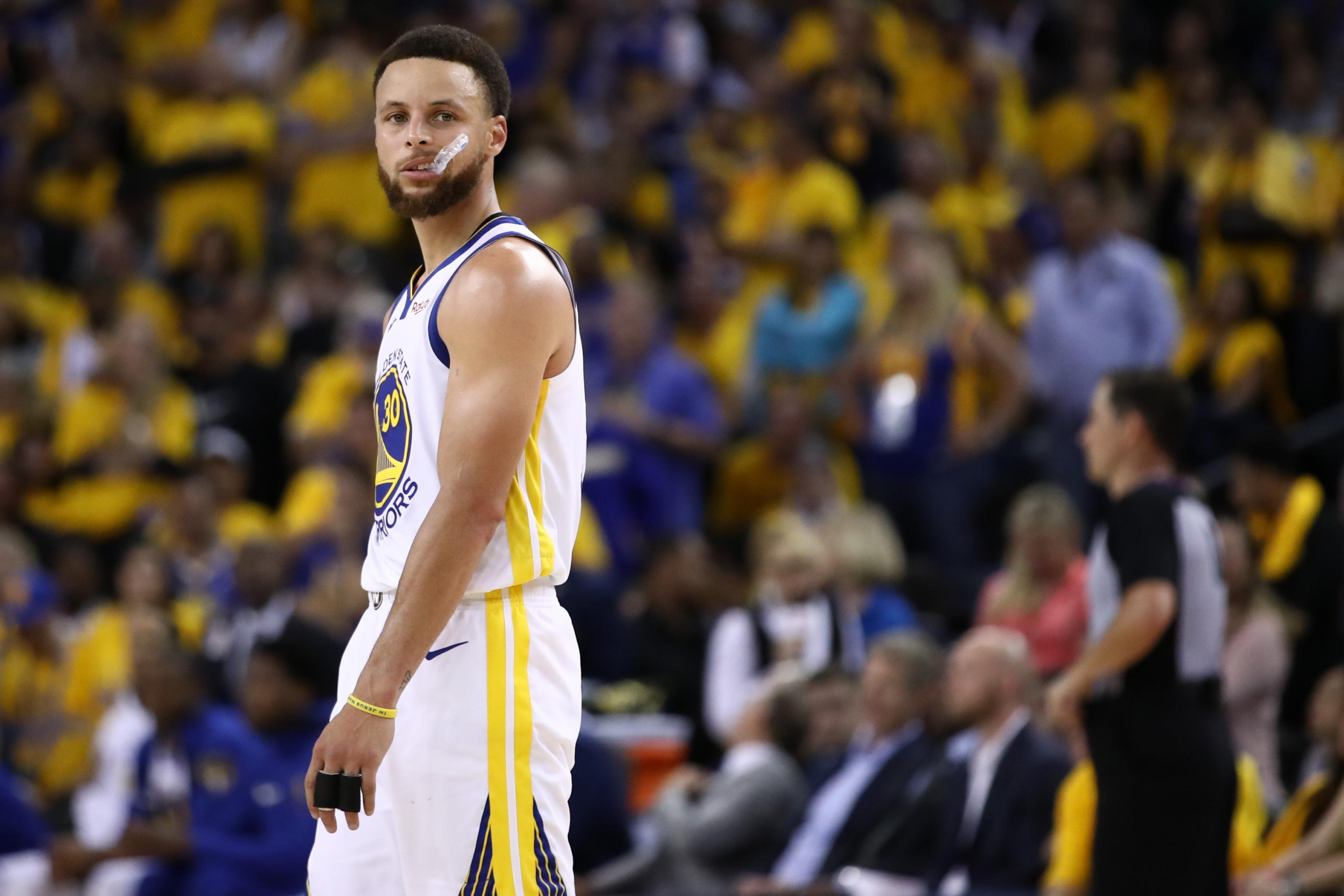 9f124075a78e5 Warriors Need This Stephen Curry, Even If Klay Thompson, Kevin ...