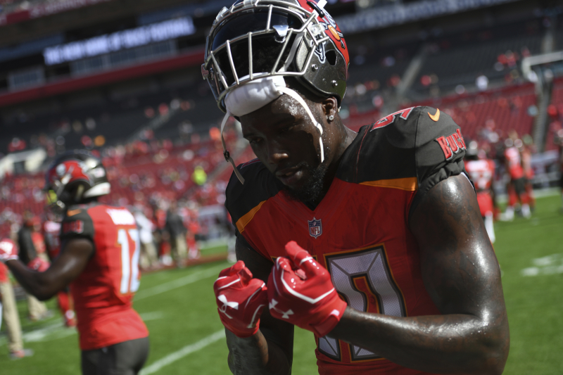 Buccaneers' Jason Pierre-Paul out Until at Least October with Cervical Injury
