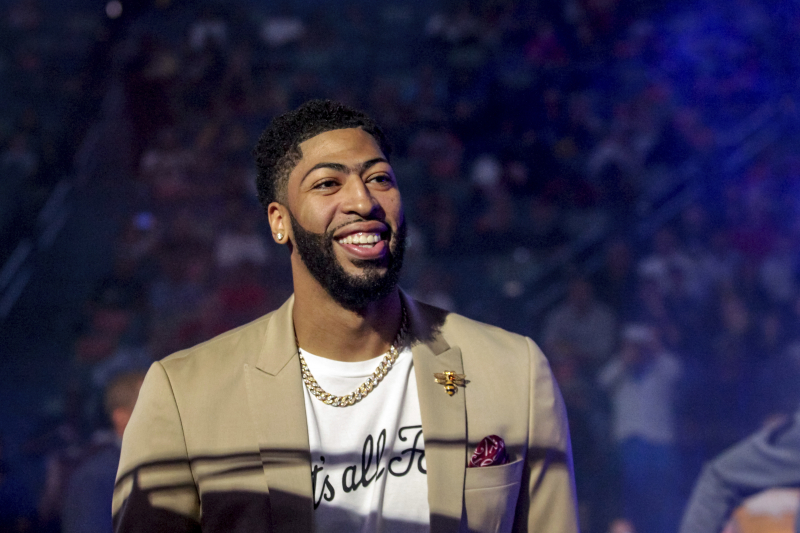 Anthony Davis Rumors: Lakers, Knicks Are 'Desired Long-Term' Trade Destinations