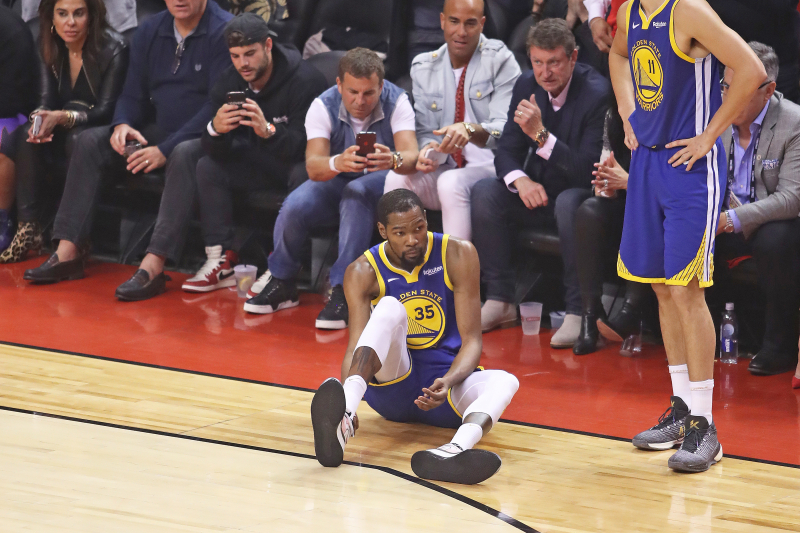 Draymond Green Rips 'Classless' Raptors Fans for Cheering Kevin Durant Injury