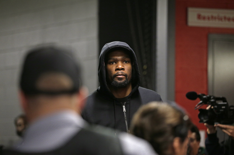 Anonymous NBA Exec Would Offer 'So F--king Skilled' Kevin Durant a Max Contract