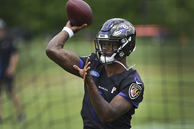 Could Lamar Jackson Have Mahomes-Like Breakout? Ravens Are Trying to Find out