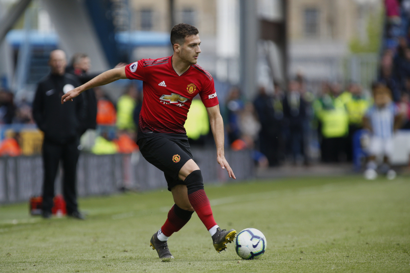 Diogo Dalot to Fight for Manchester United Spot amid Aaron Wan-Bissaka Rumours