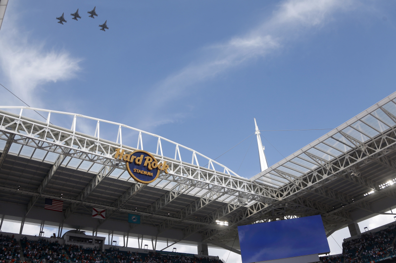 Miami Officials Considering Cashless Payments Only at 2020 Super Bowl
