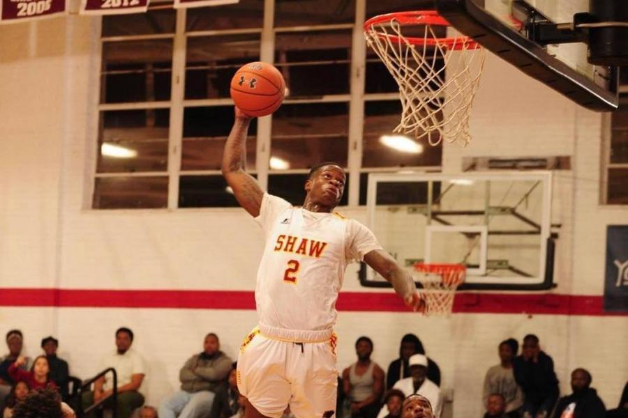 Shaw University Star Amir Hinton Could Be First D-II Player Drafted Since 2005