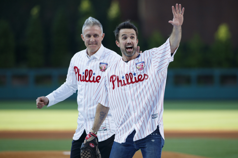 Video: Chase Utley Throws Phillies 1st Pitch to 'Always Sunny's' Rob McElhenney