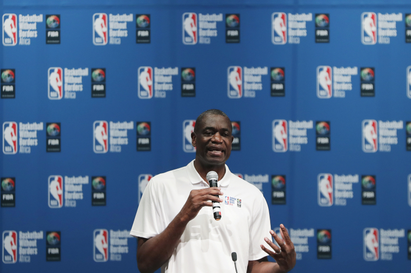 Dikembe Mutombo Helps US Officials to Fight Ebola Outbreak