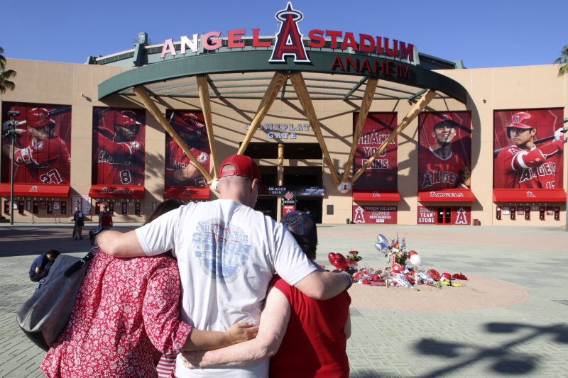 'A Joy to Be Around:' Tyler Skaggs' Death Leaves MLB Stunned, Reflective