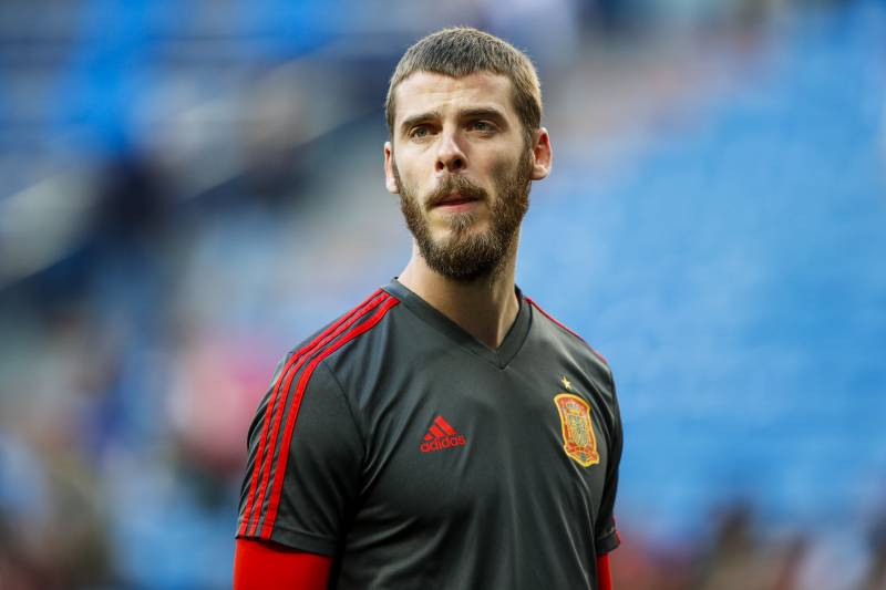 online store f33bc c46b4 Report: Manchester United Offer David De Gea New Contract ...