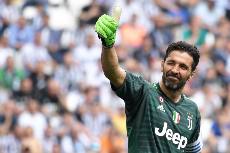 Gianluigi Buffon: Playing with Cristiano Ronaldo at Juventus Is 'Splendid Gift'