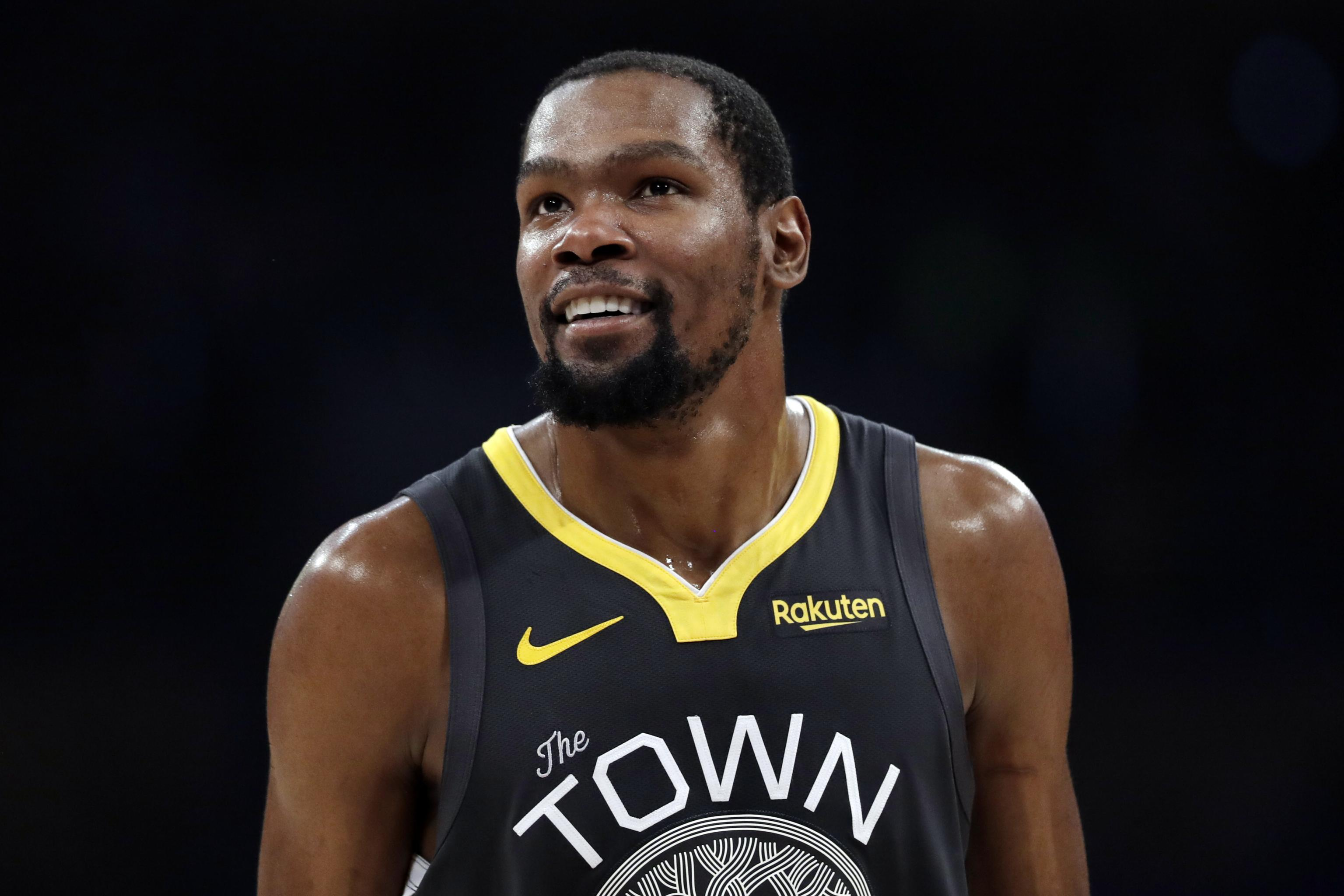Look Kevin Durant Reveals No 7 Nets Jersey After Wearing No 35 Entire Career Bleacher Report Latest News Videos And Highlights