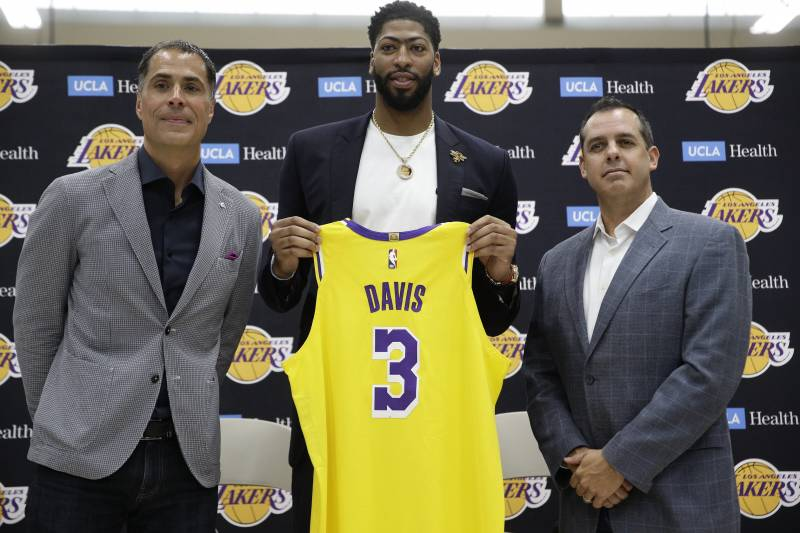 buy popular 6ab05 1196d Lakers News: Anthony Davis, LeBron James, All Players ...