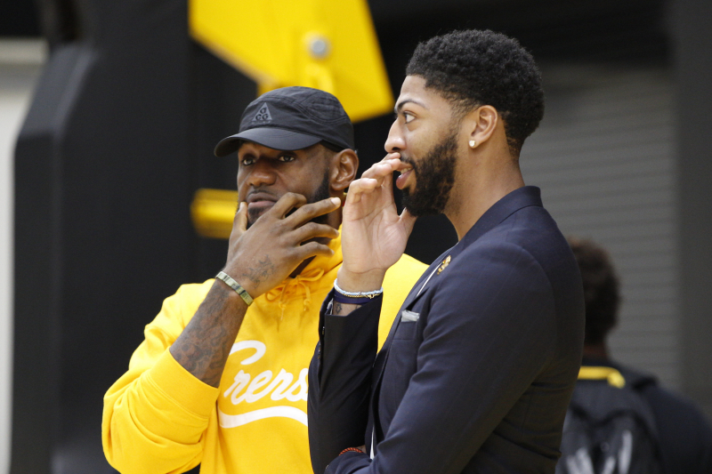 Video: LeBron James Invites Anthony Davis over for Taco Tuesday
