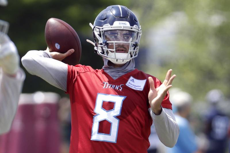 Marcus Mariota Is Already On the Verge of Busting as an NFL