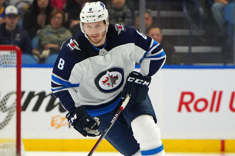 Jacob Trouba, Rangers Agree to 7-Year, $56 Million Contract