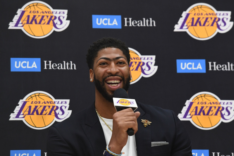 TMZ: Lakers' Anthony Davis Renting $14M Mansion in Bel-Air at $50K Per Month