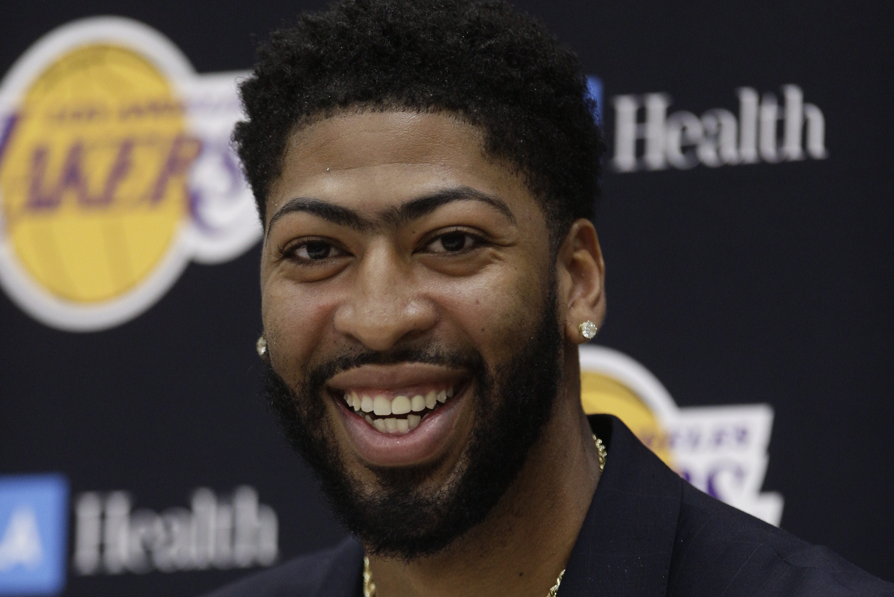 Anthony Davis Says He D Definitely Consider Playing For