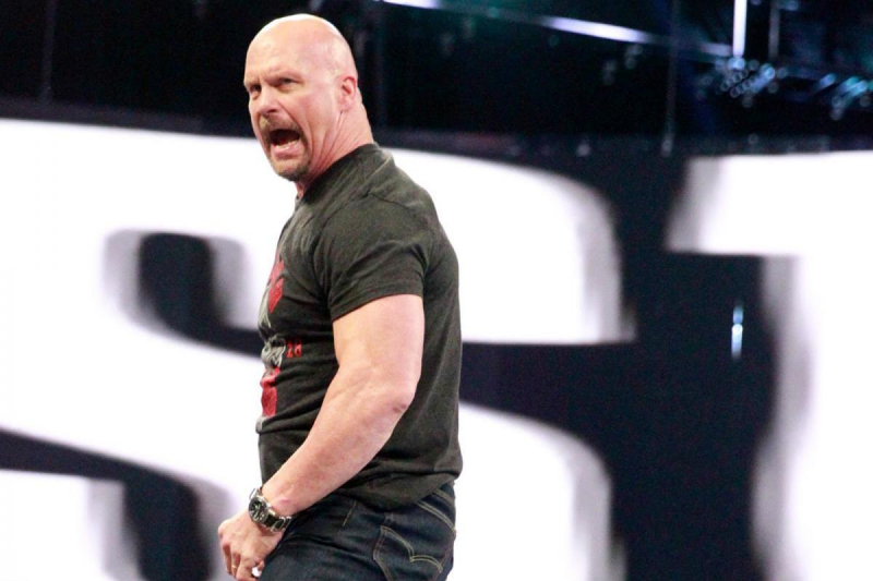 Video: Stone Cold Crushes Beer; Hulk Hogan, Ric Flair Appear on WWE Raw Reunion