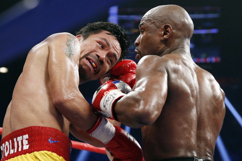 Floyd Mayweather, Manny Pacquiao Exchange Barbs in Social Media Beef