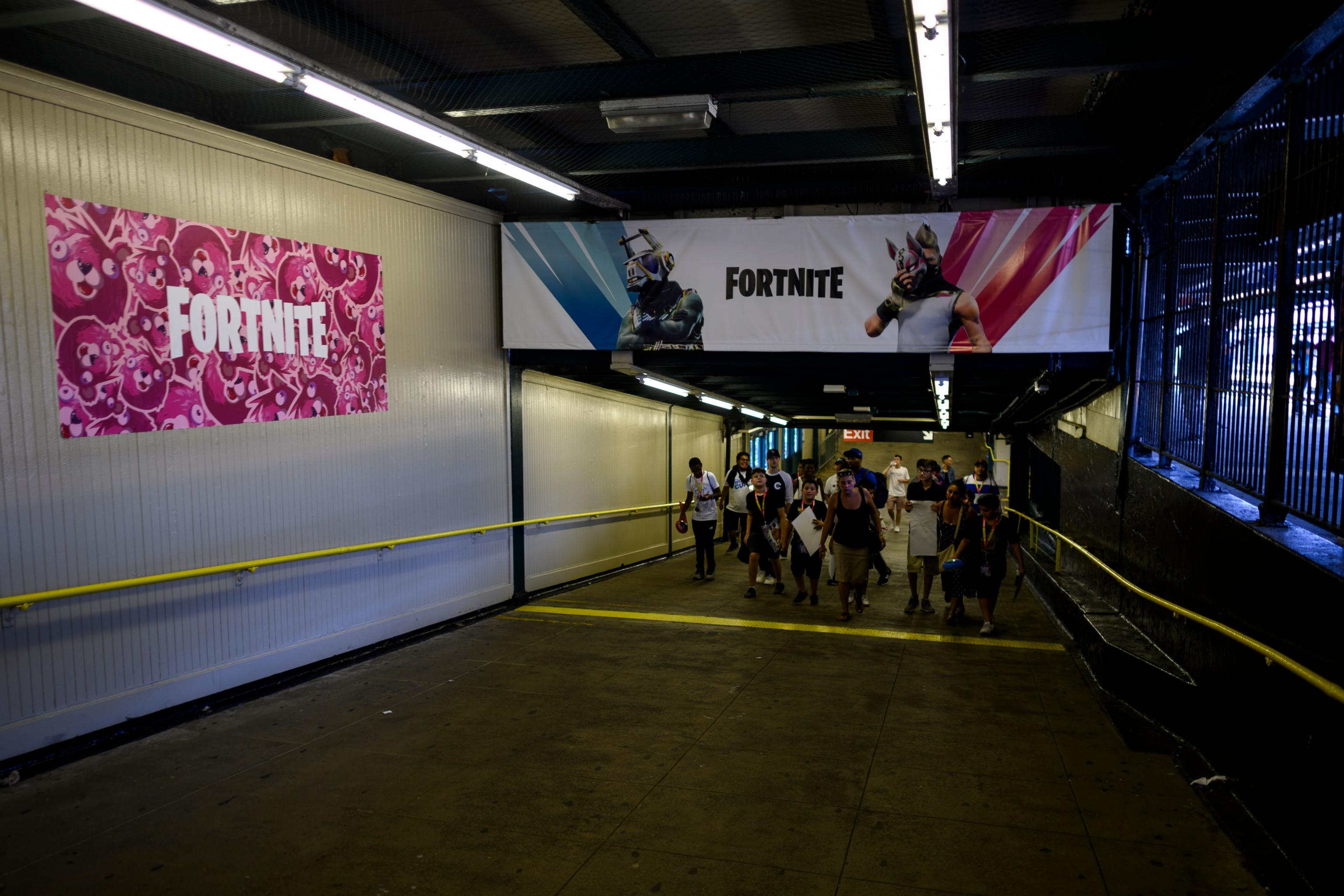 Video Fortnite Season X Trailer New Map Brute Vault