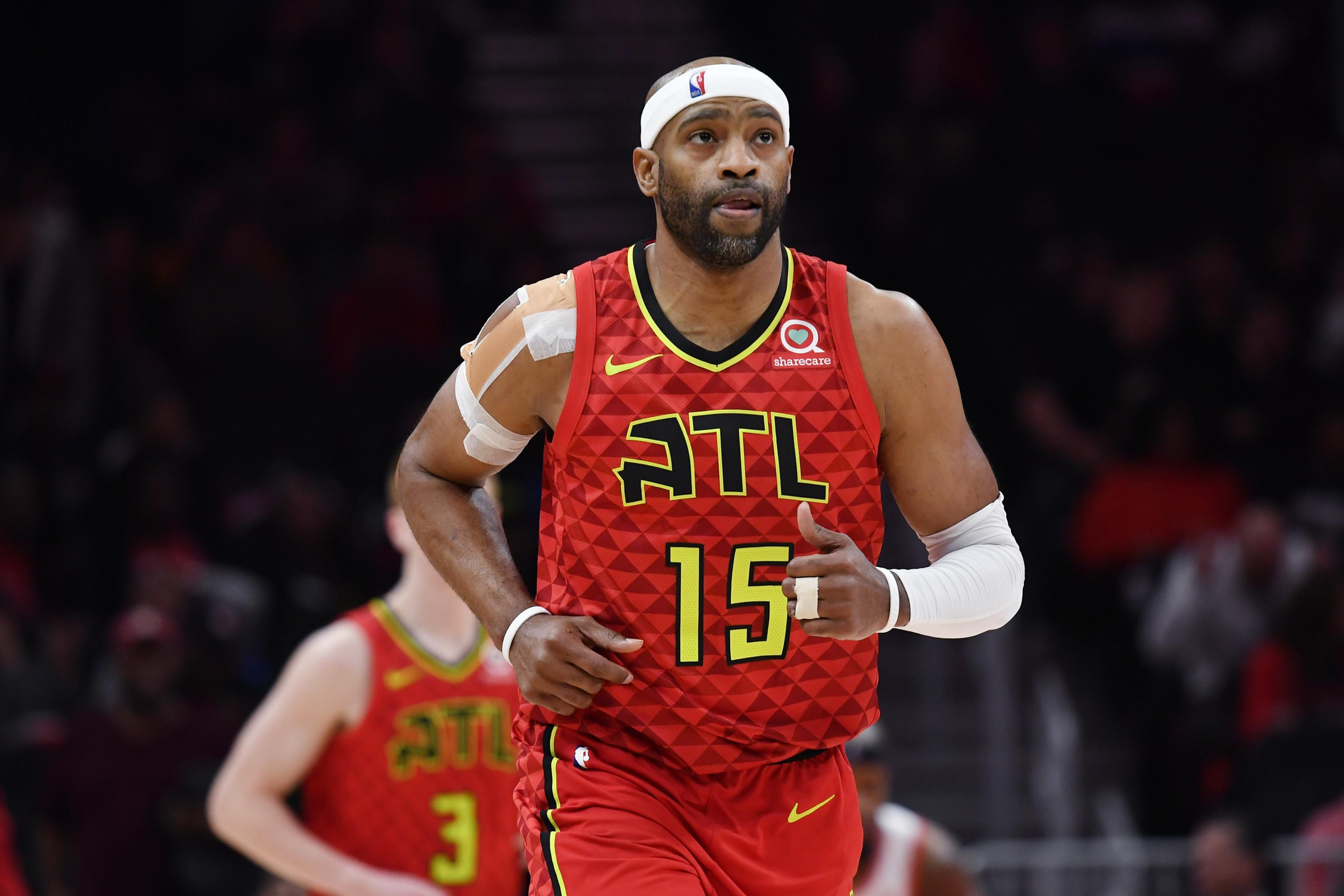 NBA Rumors: Hawks Keeping Roster Spot Open for Vince Carter to Re ...