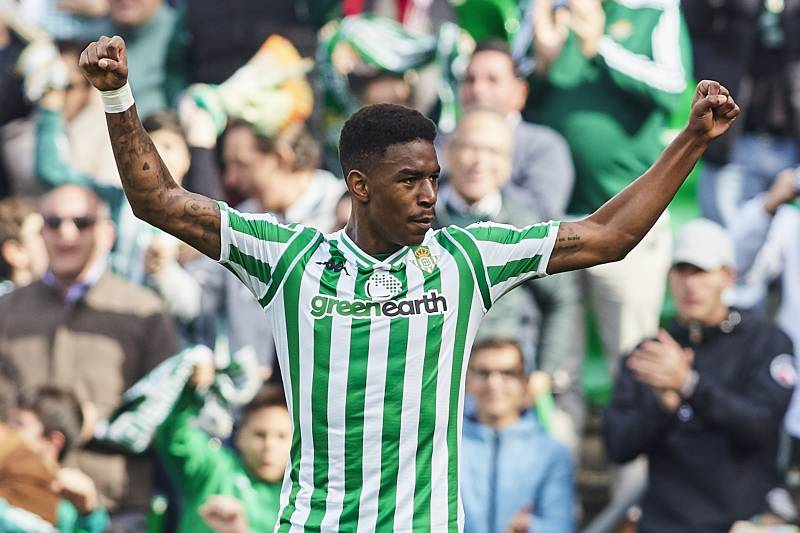 quality design 44c65 bf38b Barcelona Confirm Junior Firpo Signing on 5-Year Contract ...