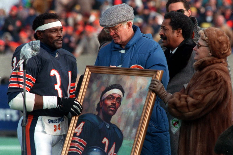 Bears to Unveil Walter Payton, George Halas Statues at Soldier Field on Sept. 3