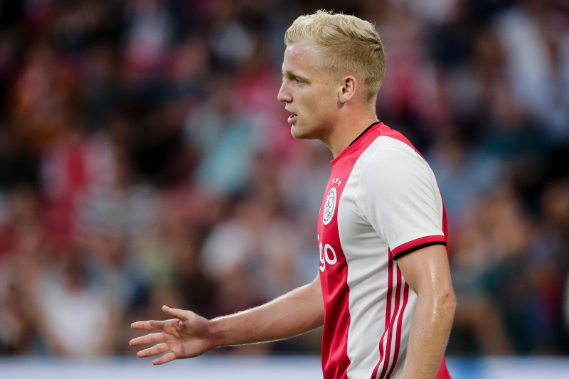Erik ten Hag Hopeful Donny van de Beek Will Stay at Ajax Amid Real Madrid Links