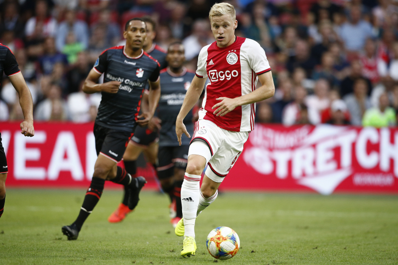 Real Madrid Transfer Target Donny van de Beek Hints at Ajax Stay in 2019-20