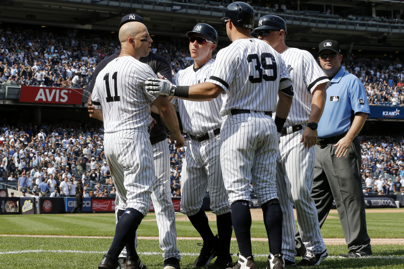Yankees' Brett Gardner Addresses Ejection vs. Indians for Hitting Dugout Roof