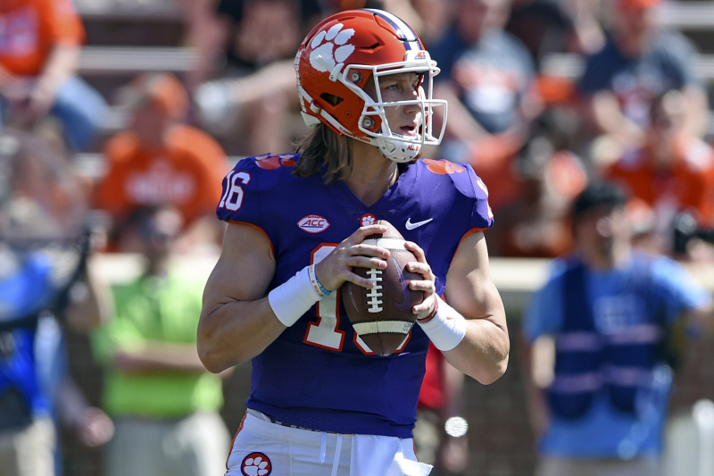 Preseason College Football Rankings 2019: Release Time for Top 25 Standings