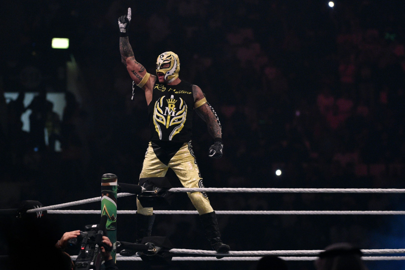 Video: Rey Mysterio's Son Dominic Convinces Him to Not Retire on WWE Raw