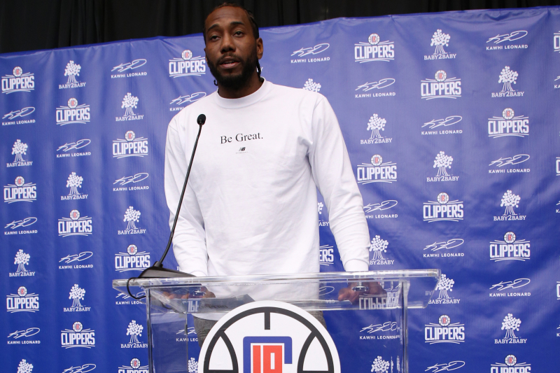 Kawhi Leonard, Clippers Donate 1M Backpacks to Southern California Students