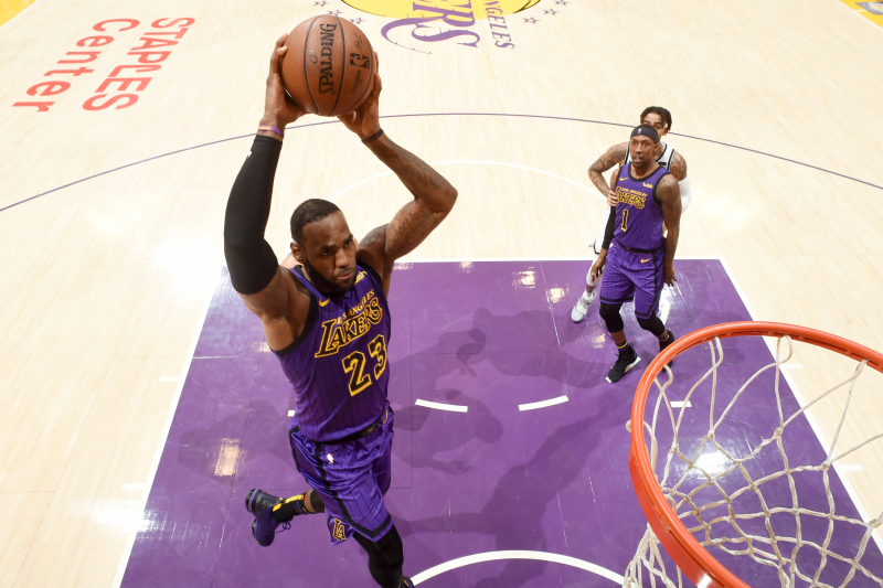 All the King's Records: Projecting LeBron's All-Time Points and Field Goals Rank