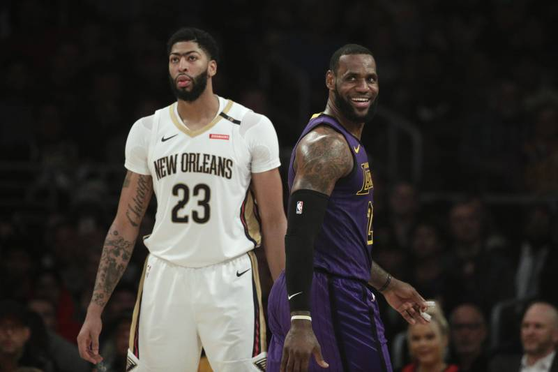 Lebron James Projected Lakers Lineup After Rumored Dwight
