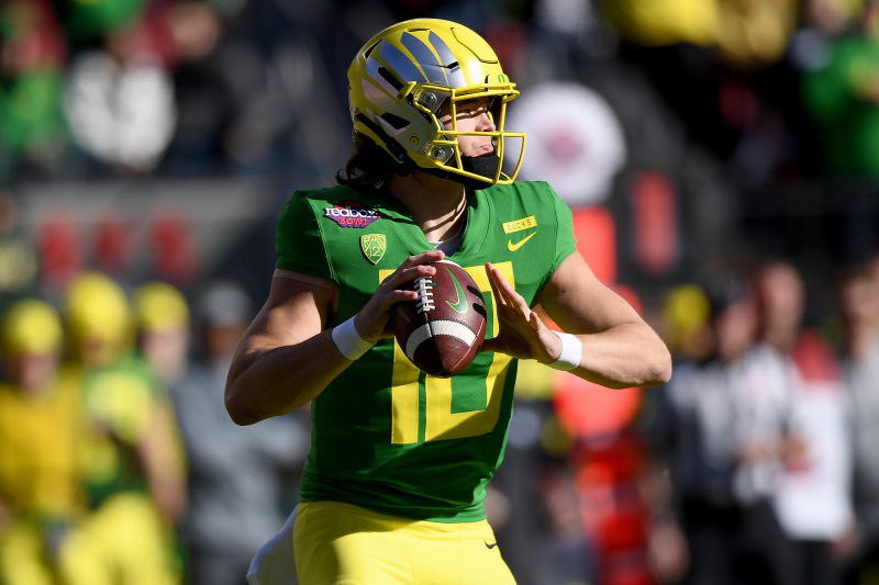 Tua, Justin Herbert, Best QB Prospects for Colts After Andrew Luck Retirement