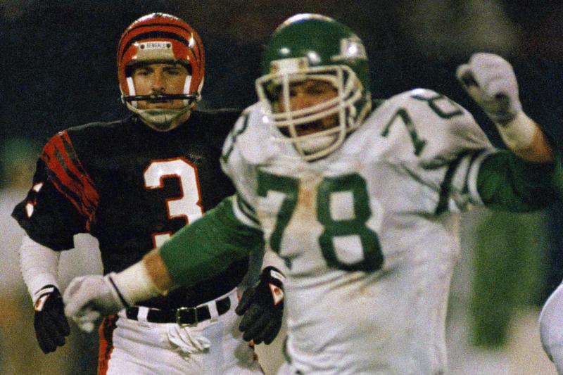Ex-NFL'er Barry Bennett's Son Dylan Arrested for Allegedly Murdering His Parents
