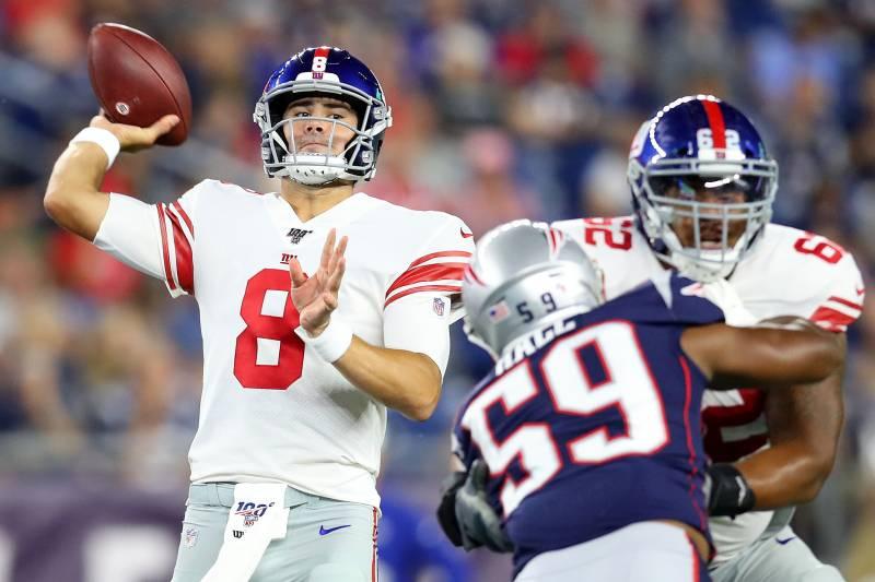 promo code 2ca57 eadd1 Daniel Jones, Giants Beat Josh Gordon, Patriots 31-29 in ...