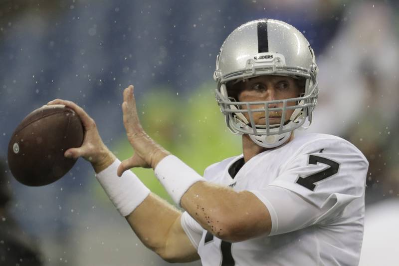 competitive price ef583 72fc5 Raiders Rumors: Mike Glennon Wins Backup QB Job, Nathan ...