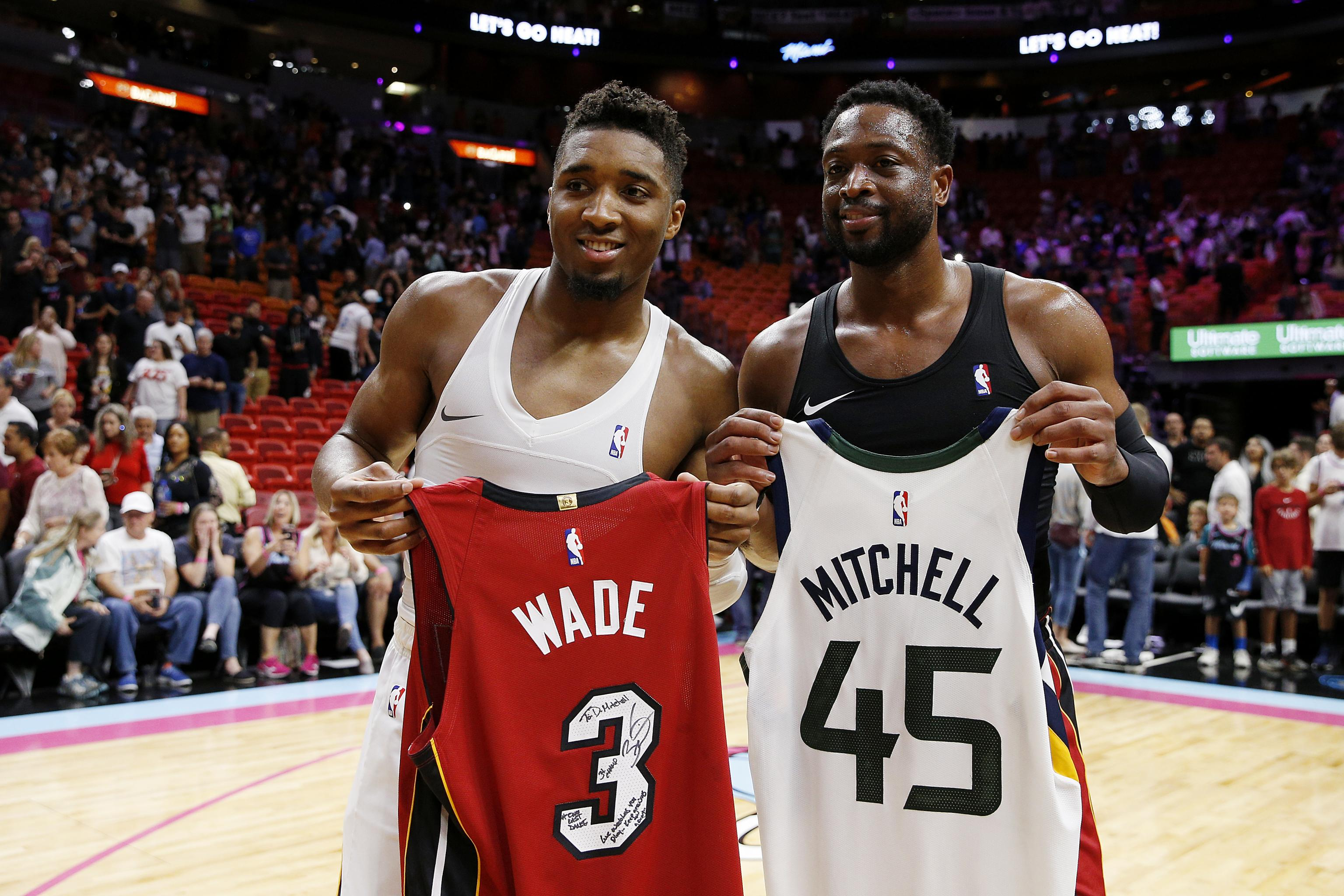 the best attitude 565d2 46857 Donovan Mitchell vs. Dwyane Wade: Is Jazz Guard Really the ...