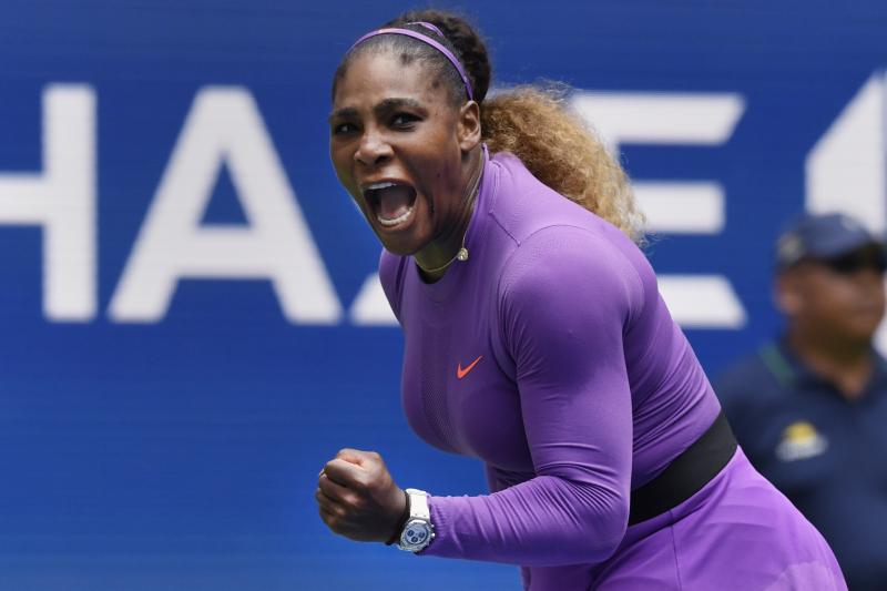 Serena Williams Beats Petra Martic Despite Injury Scare; Advances to US Open QF