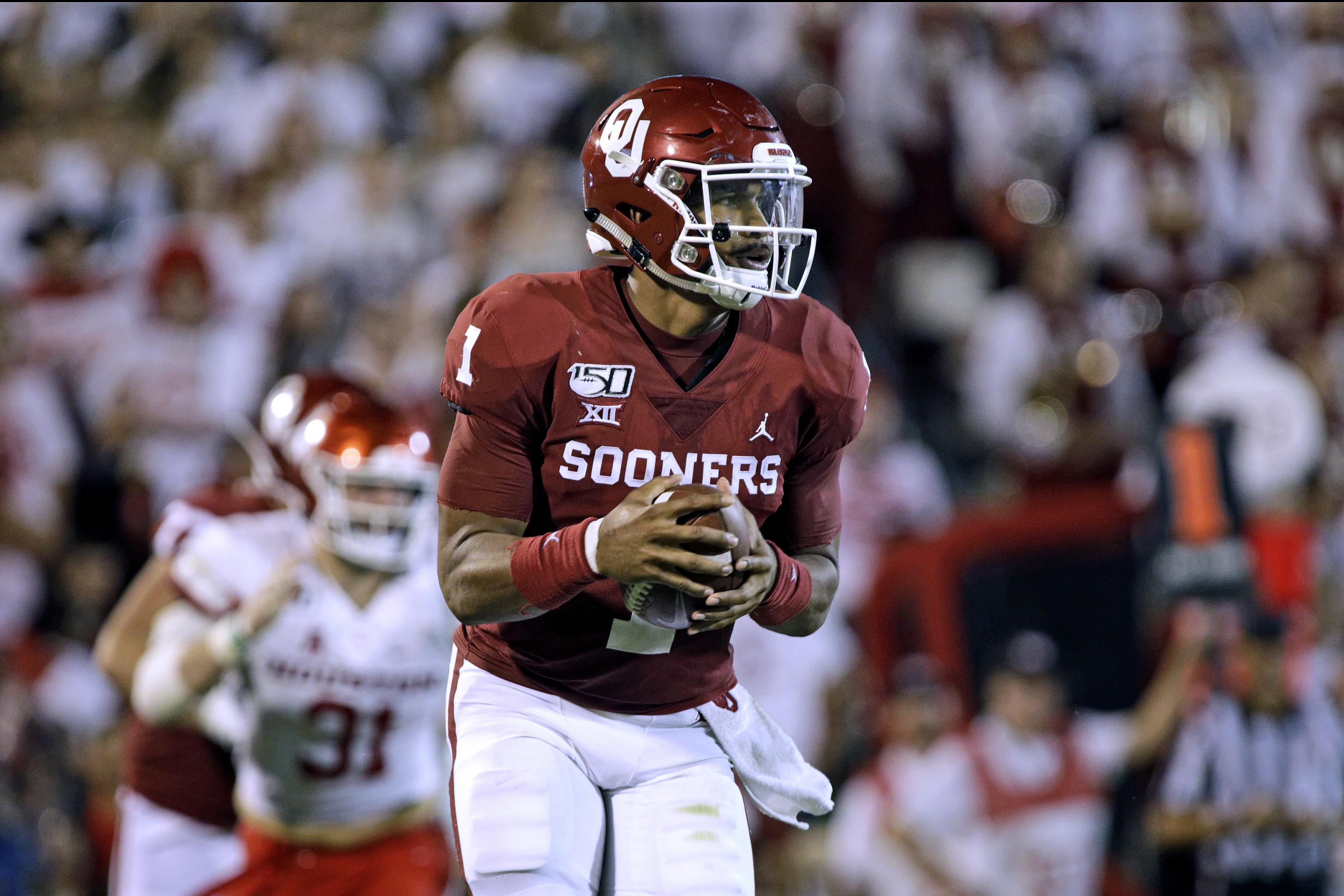 2019 Heisman Trophy Odds: Tua, Lawrence, Hurts Co-Favorites