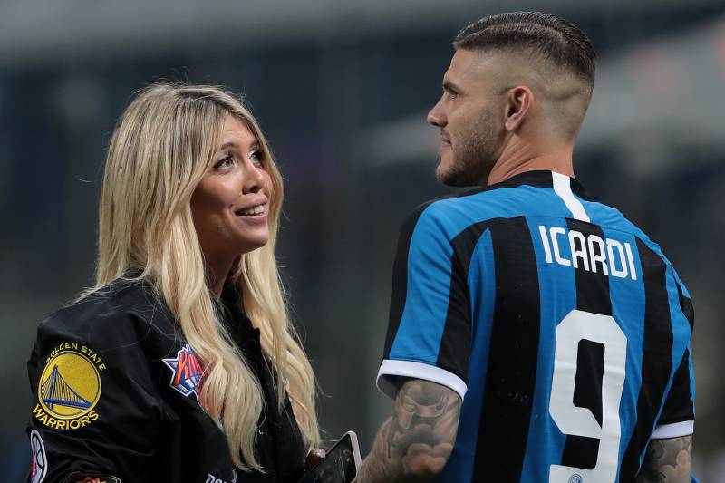 best sneakers 7f3be 2890d Wanda Nara Says Mauro Icardi's PSG Loan Is 'Not a Divorce ...